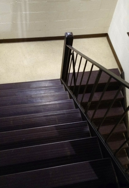 Medium Duty Vinyl Stair Treads Rubber And Risers Clear For Carpeted Stairs .